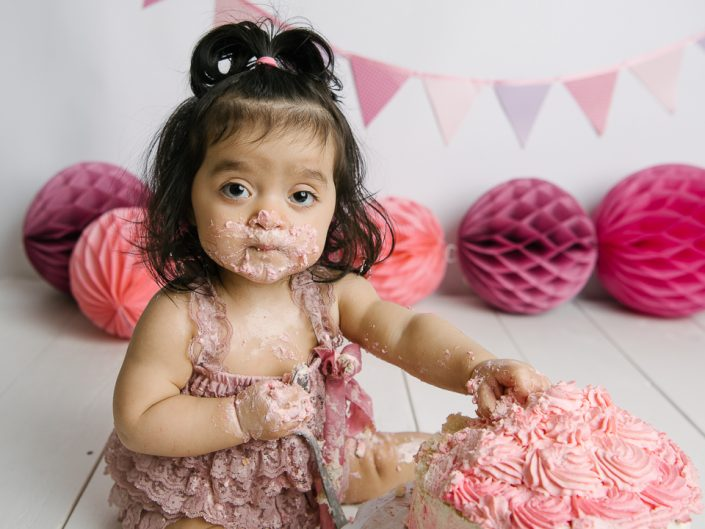 smash-the-cake-elinstahre-uppsala-jonkoping-barnfotograf-ettarsfotografering-1
