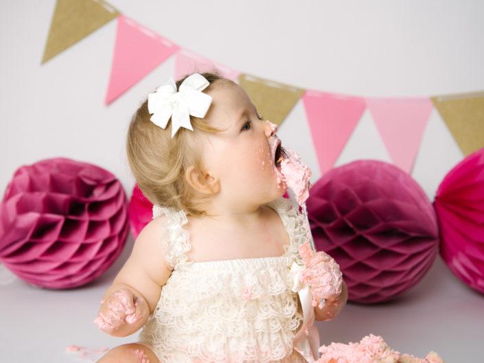 barn-fotograf-smash the cake-nyfodd-bebis-jonkoping-smaland-elinstahre