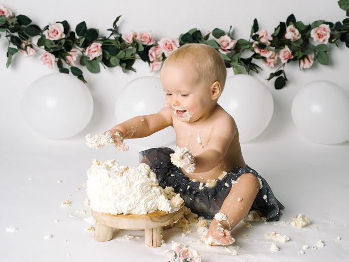 smash-the-cake-jonkoping-barnfotograf-bebis-ettårsfotografering-elinstahre (