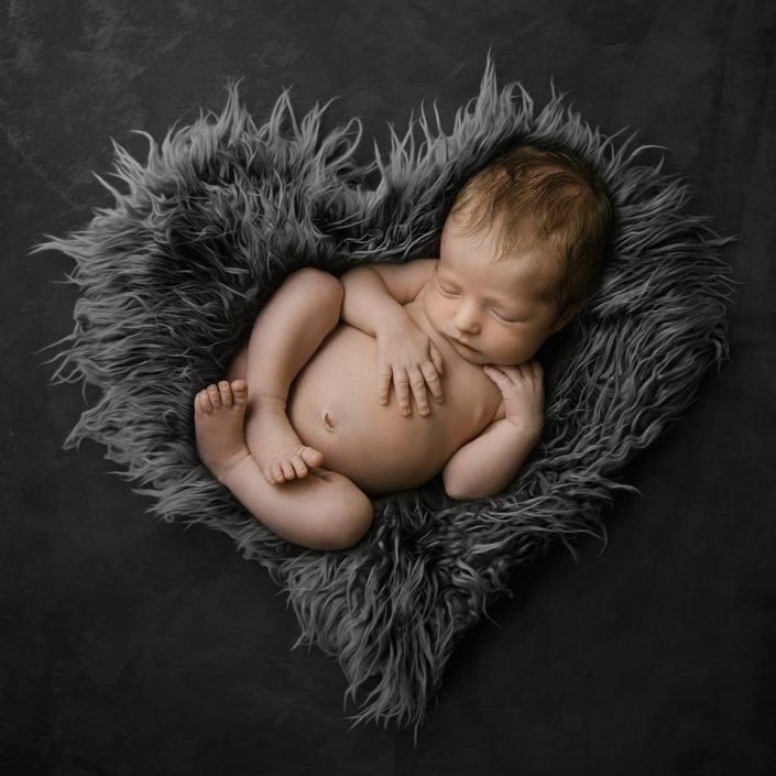 nyfodd-bebis-fotograf-barn-uppsala-jonkoping (1)