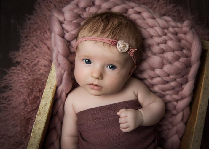 nyfodd-bebis-fotograf-barn-uppsala-jonkoping (2)