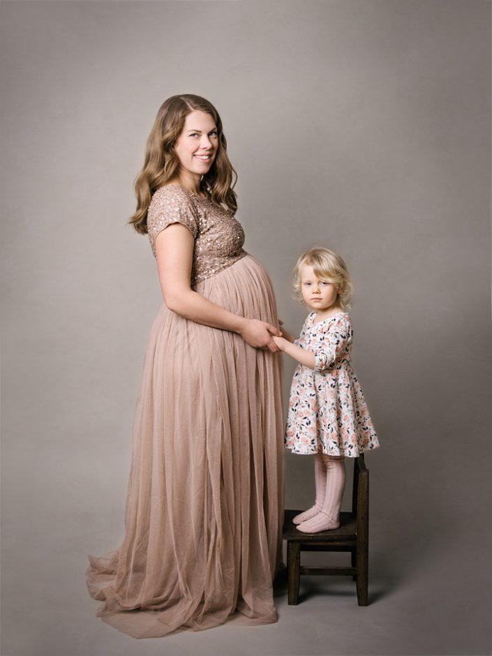 jonkoping-uppsala-gravidfotografering-maternity-gravidbilder-elinstahre