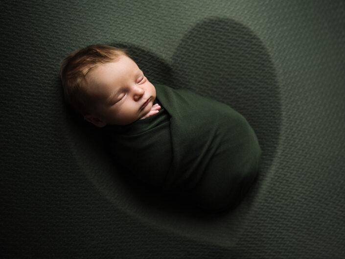 elinstahre-jonkoping-fotograf-nyfodd-bebis-nyfoddfotografering5