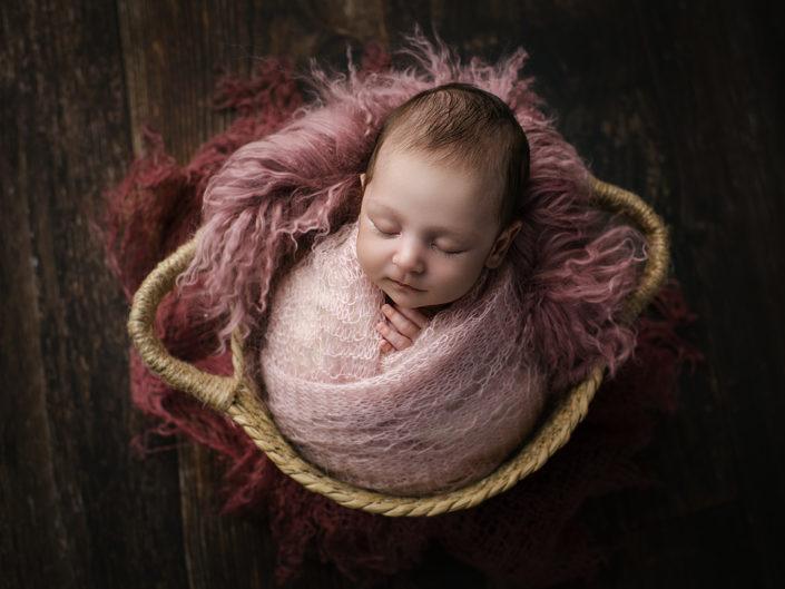 nyfodd-fotograf-jonkoping-bebis-barnfotograf-habo-elinstahre