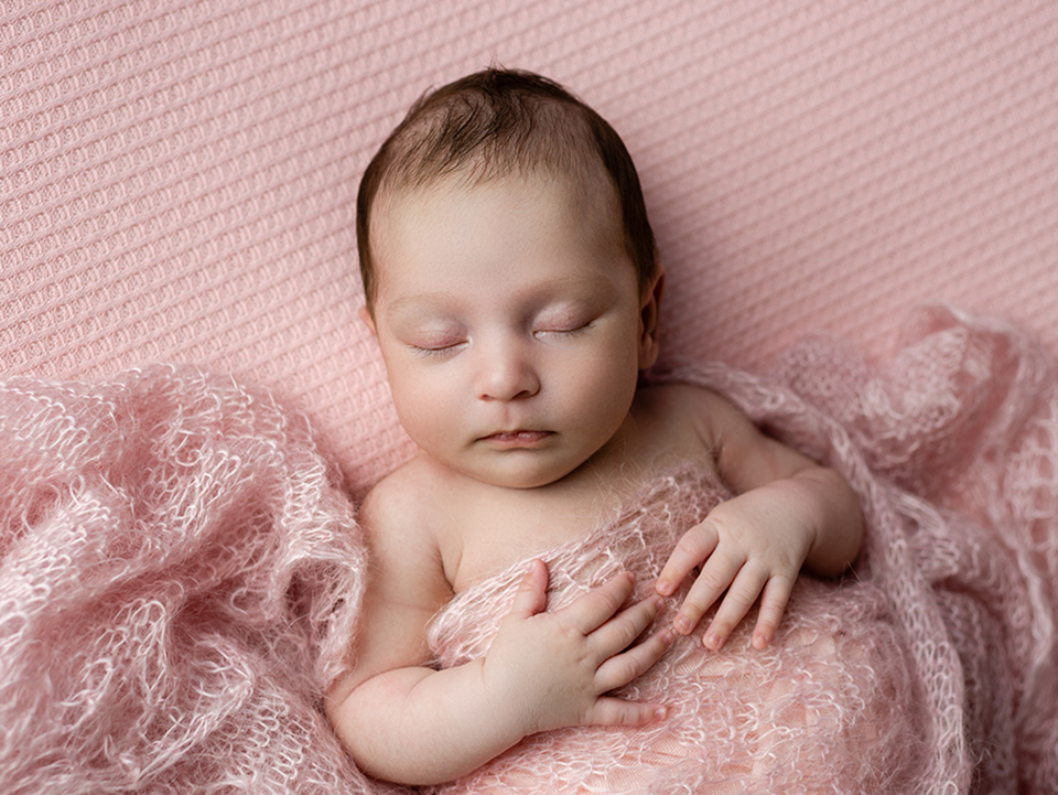 nyfoddfotograf-bebis-jonkoping-elinstahre