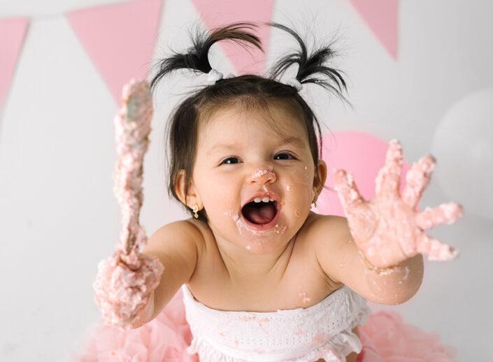smash-the-cake-jonkoping-barnfotograf-bebis-ettårsfotografering-elinstahre
